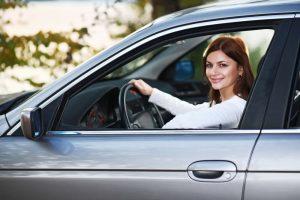 уроки вождения женщинам